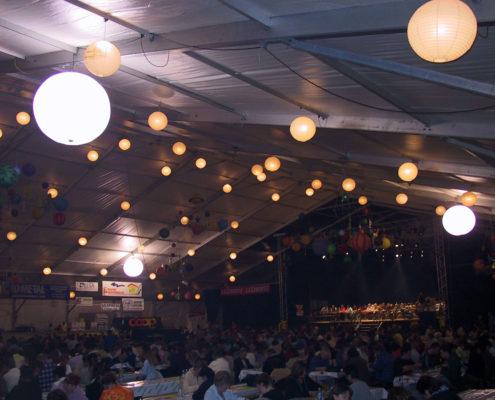 Ballon Lumineux - Éclairage intérieur d'une cantine
